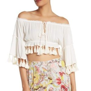 New Z&L Europe Off-the-Shoulder Tassel Crop Top